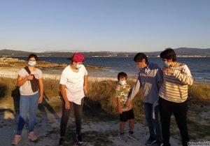 Chicos en la isla de Arousa