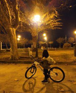 Niño en parque